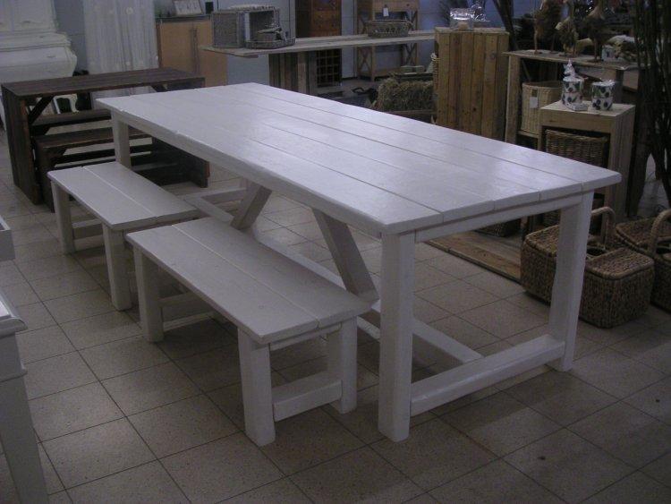 Eettafel Voor Binnen En Buiten.Tafels Voor Binnen En Buiten Kloostertafel In Vele Maten En